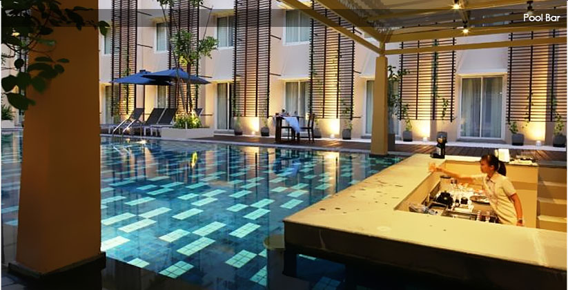 Ananta Legian Hotel Pool Bar
