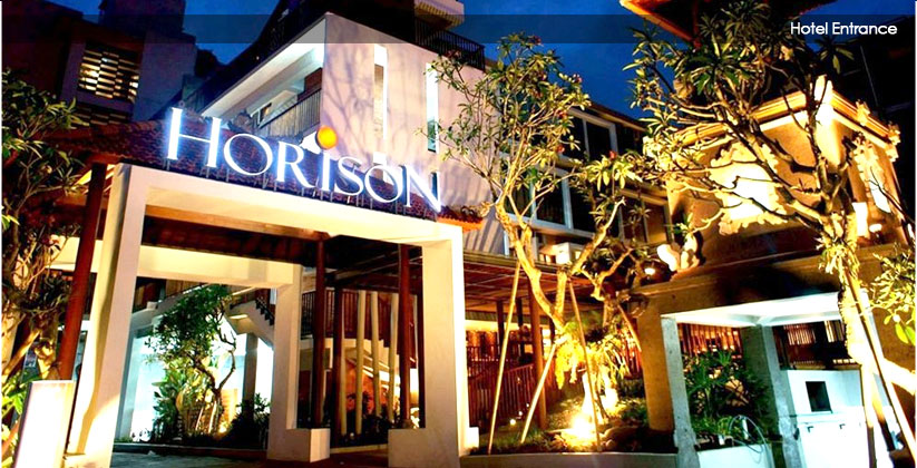 horison hotel seminyak entrance